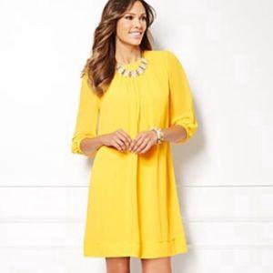 Eva Mendes NWT Yellow Quarter Sleeve Dress